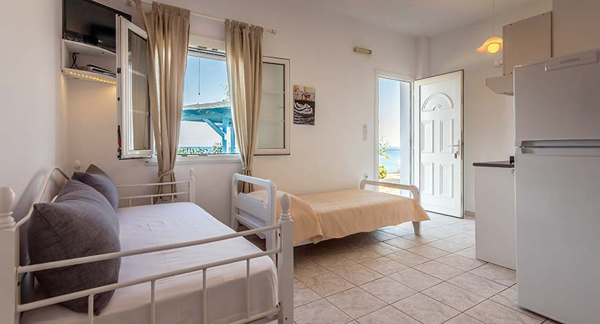 Apartment 10 - Apartments & Studios in Milos