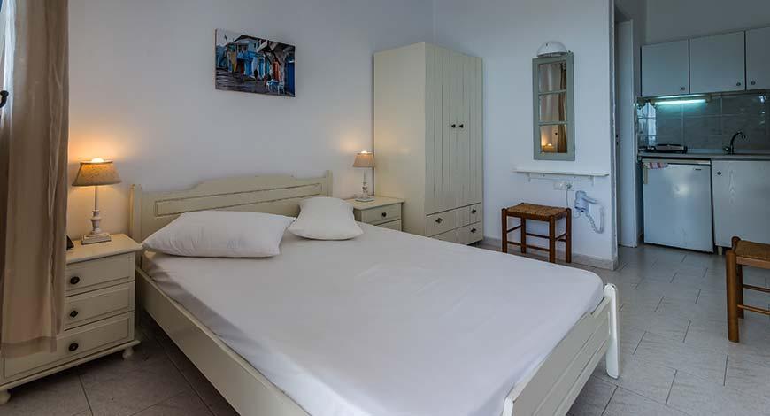 Studio 1 - Apartments & Studios in Milos