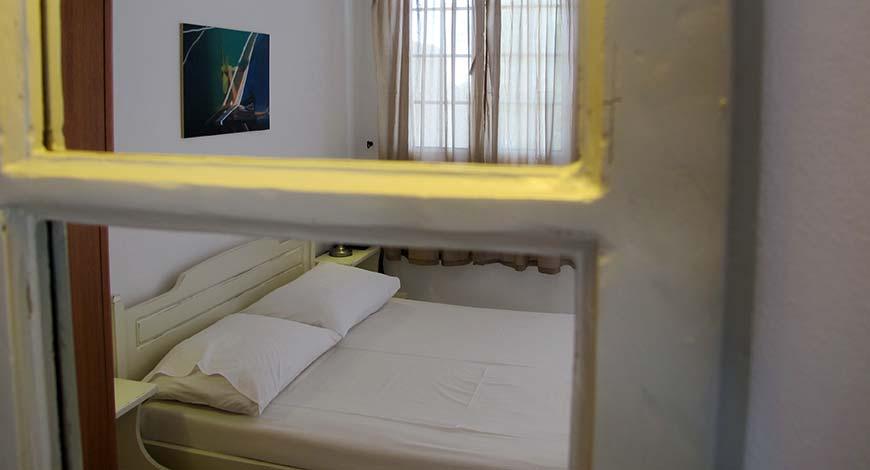 Studio 2 - Apartments & Studios in Milos