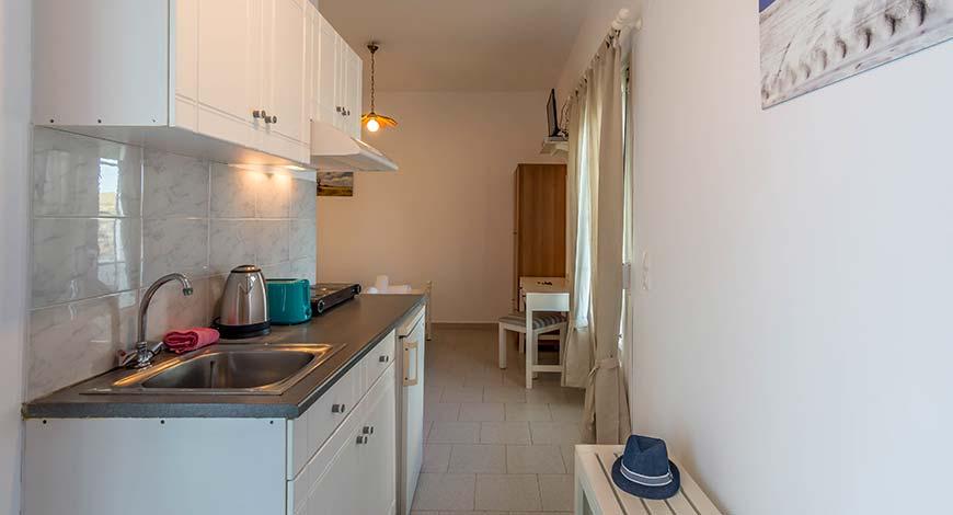 Studio 7 - Apartments & Studios in Milos