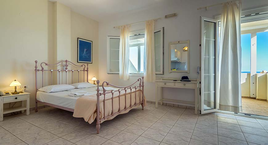 Studio 9 - Apartments & Studios in Milos